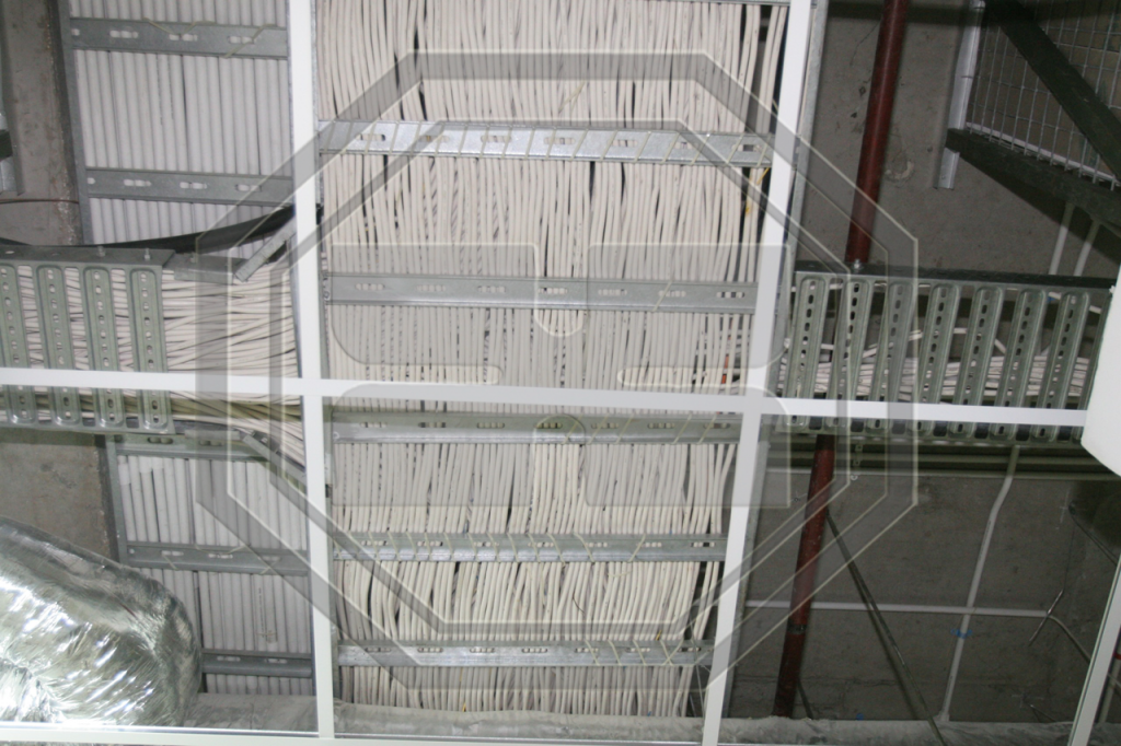 Cable-Ladder---Building